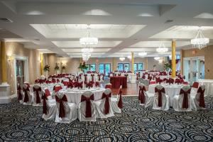 Deluxe Grandballroom Wedding Package, Aria Banquets ****NEWLY RENOVATED VENUE****, Willowbrook