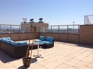 Private Penthouse with Rooftop Deck