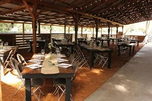 Rustic Events at Crosspoint Farm
