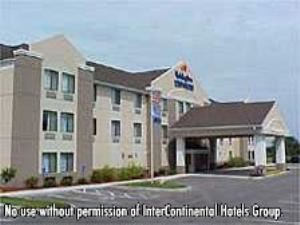 Holiday Inn Express Hotel & Suites-South Haven, South Haven
