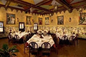 Columbia Ybor City Kings Room Private Dining, Columbia Restaurant Ybor City, Tampa