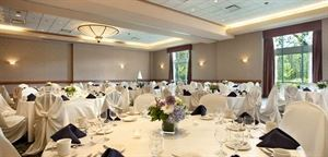 Wedding Package Starting At $1250, Embassy Suites Hotel Raleigh-Durham-Research Triangle, Cary