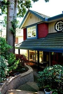 Mainstay Oasis Bed & Breakfast, Port Moody — Mainstay Entry with our Pacific Northwest Cedars and foliage.