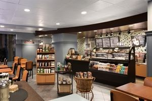 Starbucks Cafe, DoubleTree by Hilton Hotel Boston - Downtown, Boston