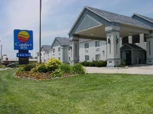 Comfort Inn, Dodge City — Outside Landscaping