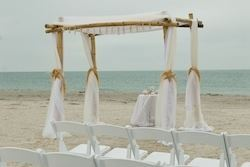 Silver Starfish Beach Wedding Package, Ideal I Do's - Elegant Weddings To Go!, Miami — Ideal I Do's Silver Starfish Beach Wedding Package
