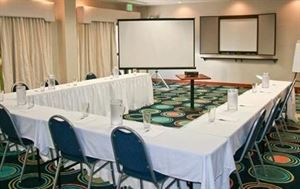 Boardroom Rental Package Starting At $50, Hampton Inn Wilmington-University Area/Smith Creek Station, Wilmington