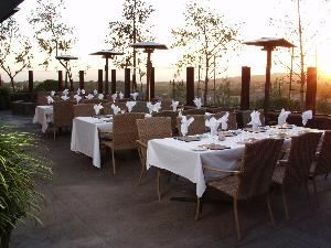 Patio, Savannah Chop House, Laguna Niguel — The Side Patio offers beautiful sunset views and a warm fire pit. This space can seat up to 75 people maximum.
