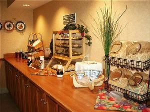 Breakfast Room, Country Inn & Suites By Carlson, Lansing, MI, Lansing