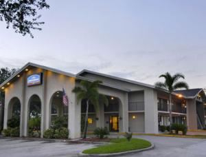 Americas Best Value Inn & Suites  - West Melbourne Florida, Melbourne