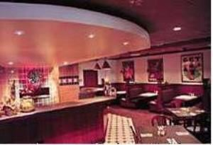 Green Mill Restaurant & Lounge, Holiday Inn Hotel & Suites Overland Park-West, Overland Park