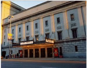 Theatre, Taft Theatre, Cincinnati — Cincinnati's classic choice for corporate meetings, speakers, award's ceremonies, plays, concerts, gospels, dance recitals and much more!  Conveniently located downtown at the corner of 5th Street and Sycamore.