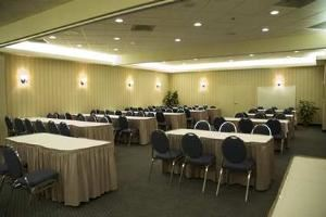 Stampede Room, Hampton Inn & Suites By Hilton Calgary- University Northwest, Calgary