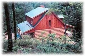 The Wright Cabins, Townsend — Moose Creek, 2 bedroom 2 bath sleeping loft secluded at Wright Cabin Rentals in Townsend Tennesse near Great Smoky Mountains, Cades Cove, Pigeon Forge and Gatlinburg.