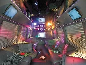 NY Limo Reservations, New York — Limbusine Service, why rent a Hummer if you can have a Party Bus for less price and more room, dance and drink in our Party bus with a smoke machine and Plasmas tv's.