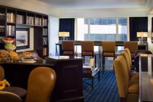 Circle Suite - East, Sheraton Indianapolis City Centre Hotel, Indianapolis