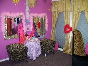 My Party Palace, Manchaca — My Party Palace dressing room, this is where the girls get dressed up and pampered! My Party Palace is fully of girly items, bright colorful paint, a palace where a girl can be a gril!