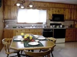Buffet Area, El Western Cabins & Lodges, Ennis — Trout Lodge Kitchen