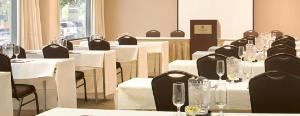 Roosevelt Suite, Four Points By Sheraton Philadelphia Northeast, Philadelphia