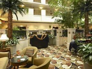 Eola Terrace, Embassy Suites Orlando - Downtown, Orlando