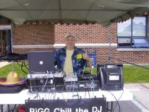 BiGG Chill the DJ, Saint Charles — Premier DJ service. Perfect for weddings,bar mitzvahs,social clubs, service clubs, reunions, class reunions, office parties, picnics, car shows, dance music (all genres),cocktail music,tasteful dinner music. Huge selection - able to handle requests. 