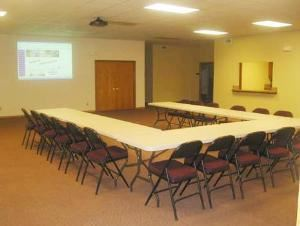 "Jeff Lange Real Estate Community Room, Derby — Large community room that is very ""customizable"" for your event. Great space for birthdays, business meetings, receptions, reunions, dinners, showers, crops, civic groups, classes. 