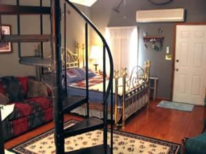 Homestead Cottage, The Alling House Bed & Breakfast, Orange City