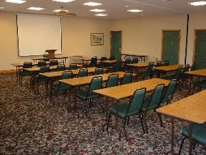 Suite A & B, Country Inn & Suites By Carlson, Kalamazoo, MI, Portage — Whole meeting room (1200 sq. ft.) set-up Classroom style