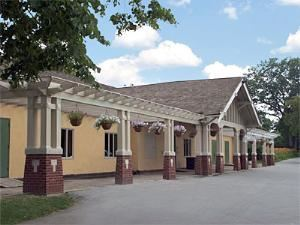Parkside Lodge, Buffalo Olmsted Parks Conservancy, Buffalo — Parkside Lodge in Delaware Park