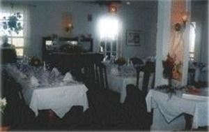 Dining Room, The Atlantic Inn, Block Island