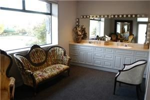 Placer Room, Ironstone Vineyards, Murphys