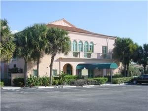 Boynton Woman's Club, Boynton Beach — Historic building for receptions, parties, meetings. Seating to 225.