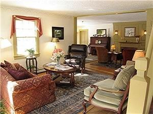 Living Room A, The Buttonwood Inn, North Conway