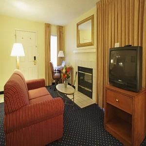 Hawthorne Suites by Wyndham Columbus East / Airport, Columbus