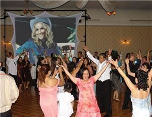 CHICAGO IL AAA DIAL A DJ Photo Booth & Karaoke Disc Jockey Service - Chicago
