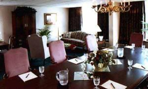 Executive Boardroom, The Inn At Chester Springs, Exton