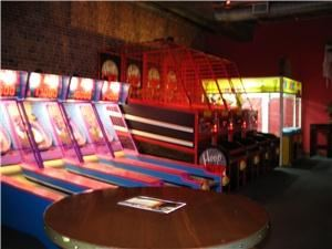 Teen Birthday Parties starting at $17.95 per person., Jillian's Eat Drink & Play, Columbia — Game Room