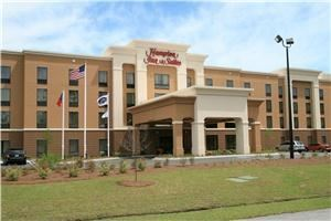 Hampton Inn and Suites Savannah-Airport, Savannah — Hotel Exterior
