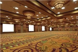 Windsor Ballroom, Courtyard by Marriott Omaha - La Vista, La Vista — The Windsor Ballroom features 30,0000 sq ft of space and can be separated into sections based on event needs