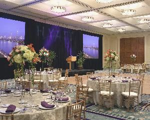 Hyatt Regency Cambridge, Cambridge — Hyatt Regency Cambridge's 7,008 sq. ft. Presidents Ballroom with adjoining courtyard and gazebo.
