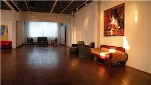 The Aurora Gallery, Long Island City — View of beautiful high polished wood floor and exquisite exposure to natural light.