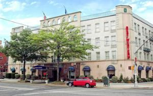 Best Western Gregory Hotel, Brooklyn — The Best Western Gregory Hotel is located on the corner of 84th Street and Fourth Avenue in the beautiful Bay Ridge section of Brooklyn and is only 7 miles from lower Manhattan.