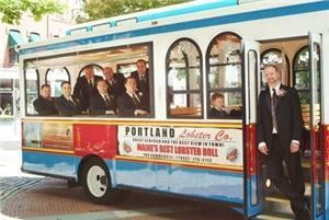 Trolley transportation, Portland Discovery Land & Sea Tours, Portland