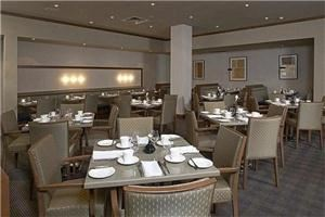Saffron Restaurant, Crowne Plaza Hotel Hamilton Hotel & Conference Center, Hamilton