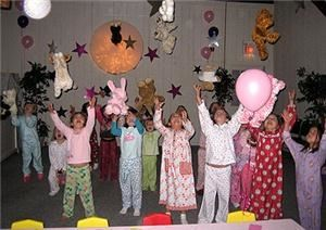 CreativeWorks for Children, Avon — Picture from a Pajama Theme Birthday Party at CreativeWorks for Children in Avon Ct.