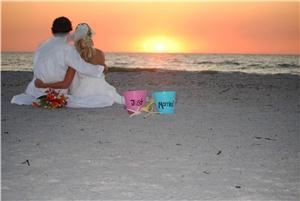 Total Beach Weddings, Clearwater — Are you looking for an all-inclusive beach wedding package in the Clearwater/Tampa or surrounding areas?  Do you want a company who will offer you choices for your music, ceremony, decorations, and flowers?  Total Beach Weddings is the beach wedding company you are looking for.  We have packages that include flowers, photography, music, decorations, and much more.  We offer our couples the most inclusive and affordable packages.  We also have many different selections so you can make your beach wedding uniquely yours.  Total Beach Weddings will make your dream of a beach wedding a reality!