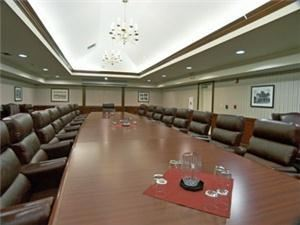 Executive Boardroom, Best Western Sonora Oaks Hotel, Sonora — There is seating for 22 people.