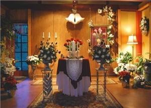Little Chapel of the Forest, Washougal — Little Chapel of the Forest at Quinn Mountain is the perfect venue for last minute elopements and small weddings in the Columbia River Gorge. Wood burning fireplace makes it a cozy, romantic space during cool weather.