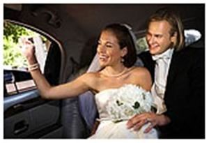 Limo 805, Newbury Park — It takes time and patience to plan your wedding day. Take a little of the pre wedding stress out of the arrangements by putting yourselves in the hands of an experienced, uniformed chauffeur who understands how important this day is for you and your guests.