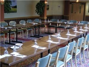 St. Georges Hall, Trapp Family Lodge, Stowe — Ideal for functions up to 150 people. Conveniently located nearby our front entrance and lobby area. Great for movie viewing, small vendor trade shows, meetings along with wine and cheese receptions.